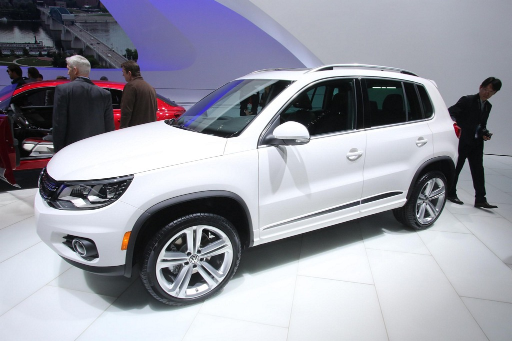 2013 Detroit Auto Show – 2013 Volkswagen Tiguan-R-Line   ModernRacer ...